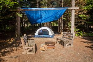 Camping boisé avec abri Bonaventure Gaspésie