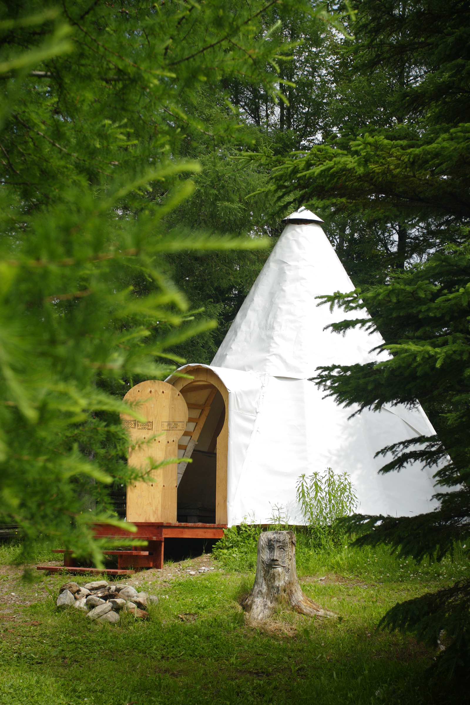 Turnkey camping tipis by the Bonaventure RIver