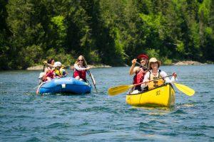 Canoe and raft on the Bonaventure
