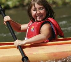 Enfant sur la rivière Bonaventure